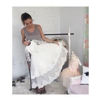 elegante weiße babykleider großhandel-Elegante nette weiße / Elfenbein-Spitze Vestidos Säuglingstaufe-Kleid-Baby-Taufkleid-lange Hülsen-Erstkommunion-Kleider 37-2