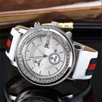 кожзаменитель оптовых-Роскошные алмазный Кристалл циферблат Мужчины / Женщины кварцевые часы кожаный ремешок для часов мода логотип мужские часы Оптовая,
