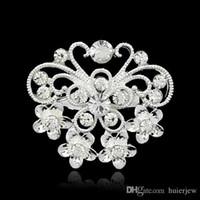 pequeño broche claro al por mayor-Broches de Navidad Bellamente Diseño de mezcla de joyas Plantado de plata Cristal de diamantes de imitación claro Tamaño pequeño Ramo de flores Broche de boda Broches