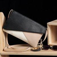 umschlagart weiße handtaschen großhandel-Lady Schwarz und Weiß Farbe Passende Leder Elegante Handtaschen Umhängetasche Umschlag Stil Designer Online Clutch