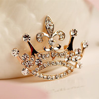 Wholesale crystal crown hot for sale - Group buy Hot Fashion Charm Crystal Crown Brooch Retro Big Royal Rhinestones Brooches Woman Jewelry Wedding Corsage Handmade Fine Gift
