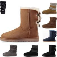 yeni kürk botları toptan satış-UGG WGG Boots Yeni gelmesi klasik Avustralya kış çizmeler kız kadınlar için kestane siyah mavi kahve tasarımcı kar kürk çizme bayan ayak bileği diz kar botları