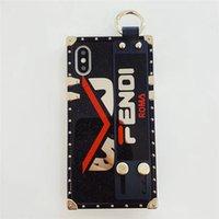 s téléphones intelligents achat en gros de-Luxe TPU Téléphone Cas Bracelet Bande Strap Style Smart pour IPhone X 8 8 P 7 7 P 6 6 s Plus Couverture Arrière Célèbre Marque