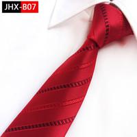 fábrica de gravata vermelha venda por atacado-Fábrica Novo Estilo Vestido Formal Tie Man Trendy 8 CM Gravatas No Pescoço noivo Melhor Homem Gravata de Casamento Clássico 100% de Seda Preto Vermelho Rosa Gravatas