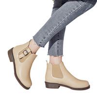 cinto bege moda venda por atacado-Moda Feminina Botas Femininas Sapatos de Inverno Mulher Botas De Neve De Salto Baixo Botas de Neve Moda Salto Plana Bege Preto botas mujer