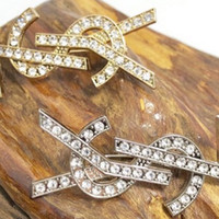 Wholesale crystal brooch pins resale online - High Quality Designer Letter Brooch Women Rhinestone Letter Brooch Suit Laple Pin Fashion Jewelry Accessories Epacket Shipping