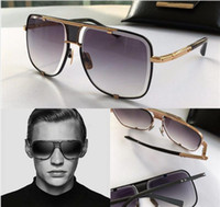 Wholesale vintage classic eyewear resale online - luxury classic sunglasses men design metal vintage fashion style outdoor eyewear square frame UV lens with case