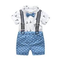 beyaz pamuklu bebek yaz takımları toptan satış-Yaz Boys Gentleman Giyim Pamuk Bebek Setleri Yay Çocuk Kıyafetleri Beyaz Baskılı Gömlek Suits + Mavi Yıldız Şort Q190530