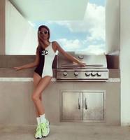 medias negras al por mayor-CH Diseñador Bikini Moda Mujer Traje de baño EN Stock Traje de baño Vendaje Trajes de baño atractivos Sexy Negro Blanco uno