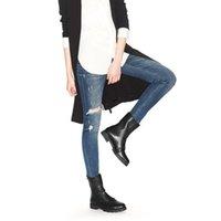 botas de agujero negro al por mayor-Internacional grande 2019 diseñador de mujer de lujo negro zapatos de piel de oveja botas huecas botas desnudas nuevo 36-42 yardas al por mayor envío gratuito