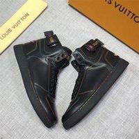 marka tuval dantel ayakkabıları toptan satış-Erkekler Tuval Lace Up Erkek Hip Hop ayakkabı erkekler Yüksek Top Sneaker Büyük Beden 39-44 YECQ5 için 19FW Markalar Yeni Yüksek Üst Günlük Ayakkabılar