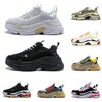 sports casual shoes mens venda por atacado-2020 triple s sapatos de grife para mulheres dos homens tênis de plataforma preto branco cinza vermelho rosa mens formadores sapatilha moda pai sapato ocasional