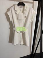 broche de blazer venda por atacado-As meninas das mulheres de Milão do vintage breve tweed jacket Casaco Blazer macacão com broche o high-end personalizado moda Designer de Luxo blazer shorts