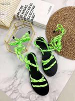 sandales en gladiateur en denim achat en gros de-Couleur Gladiator Sandales plates Sandales à talons Baskets taille basse pour femmes