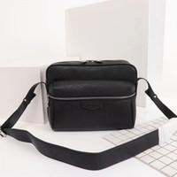 malas de viagem mensageiro venda por atacado-Sacos de ombro dos homens designers messenger bag famosa viagem maleta sacos crossbody boa qualidade PU de couro Cinco cores modelo M30233 M30243 M43