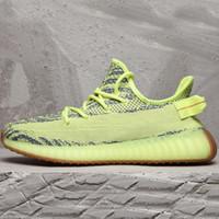 en iyi spor ayakkabıları erkekler toptan satış-Kanye West V2 Erkekler Desinger Koşu Ayakkabıları 2019 Kadın Eğitmenler Zebra Statik Siyah Bred Krem Beyaz Susam Açık En İyi Spor Sneakers US5-12