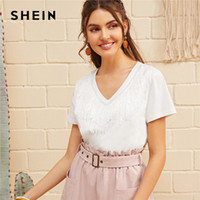 trimmer kleidung großhandel-SHEIN V-Ausschnitt Fringe Trim Top 2019 Neue Stilvolle Damen Kleidung Sommer Solide Tshirt Fabulous White Boho Kurzarmshirts