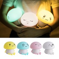 ingrosso soggiorno armadi armadi-Lampada per bambini a cambiamento di colore della lampada di ricarica USB a LED a luce notturna a LED in silicone carino