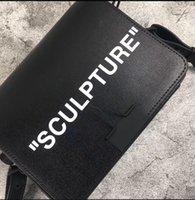 bolsos reales del diseñador del cuero negro al por mayor-Moda británica Simple Pequeño Cuadrado OW OFF Mujeres Diseñador Bolso de cuero Real Blanco Negro ESCULTURA Clip de Oficina Bolso de hombro