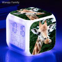 flash levou relógio venda por atacado-Girafa Despertador 7 Cores Brilhantes Multifunctio LED Despertador Grande tela Sensível Ao Toque Digital Flash Relógios Eletrônicos