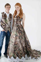 Wholesale long princess veils for sale - Group buy 2019 New Fashion Camo Satin Wedding Dress Custom Lace Appliques Bridal Gowns Zipper Back With Veil Custom Long Camouflage New