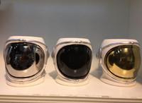 porcelana preta canecas venda por atacado-Astronauta Porcelana Caneca Astronauta Capacete Xícara De Café Criativo Cerâmica Caneca De Café De Ouro Prata Preto 20 oz