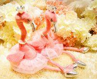 pil müzik oyuncak toptan satış-Elektrikli Peluş Flamingo Oyuncaklar Taç Inci Kolye Dans Ayakkabıları Tasarımcı Peluş 3D PP Pamuk Dolması Müzik Yanıp Sönen Pil Bebek Kız hediye