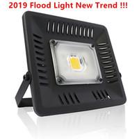 luz de inundación ip67 al por mayor-Los reflectores LED al por mayor impermeables IP67 100W llevaron luces de inundación interiores al aire libre llevaron la lámpara de pared exterior del paisaje