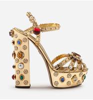 vestidos de los diamantes de los altos talones al por mayor-Plataforma de moda Sandalias Tacones altos para las mujeres 2019 Cristal Diamante de color oro Zapatos de vestir de verano Rhinestone Hebilla Sandalias de gladiador