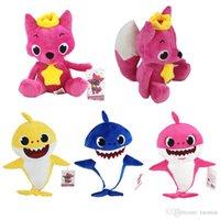 jouets sonores légers pour bébé achat en gros de-2019 nouvelle arrivée 3 modèles bébé requin jouets en peluche Éclairage avec Singing Sound poupée molle pour enfants cadeau de Noël en gros