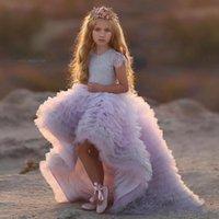 çocuklar katmanlı prenses elbisesi toptan satış-2020 Yeni Varış Prenses Kız Alayı Elbiseler Jewel Dantel Kısa Kollu Katmanlı Fırfır Ucuz Yüksek Düşük Çocuklar Düğün Çiçek Kız Elbiseler