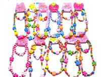 tier armbänder mischen großhandel-120sets reizende hölzerne Kinder der Karikatur / Kind necklace + bracelet sortierte Farben der Satzmischung 10 Tierkorne Accessories-P