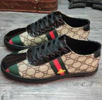 homens s sapatos de couro venda por atacado-Marca casual sapato aparência Populares sapatos casuais novos sapatos de tendência de lona versão coreana da moda sapatos masculinos de couro, sapatos casuais dos homens vestido