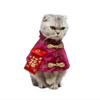 costume de chien de nouvel an achat en gros de-Chat Costume Chinois Tang De Haute Qualité Nouvelle Année Vêtements avec Poche Rouge Festif Cape Automne Hiver Tenue Chaude pour Chats Chien