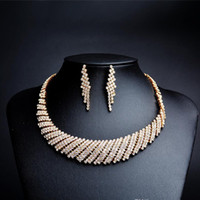 ingrosso gioielli in oro di sposa-Set di gioielli da sposa in oro Collana e orecchini Set di gioielli da sposa Per la sposa Damigelle Accessori da sposa da donna CPA1875