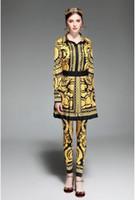 collants demi femmes achat en gros de-2019 style de mode chemise pour femmes + jupe plissée demi + longueur pantalon serré costume rétro trois pièces ensemble cadeau ceinture