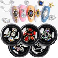 arte de uñas 3d diamantes al por mayor-6 PC / Caja cristalina del clavo encantos diamantes de imitación de diamante de bricolaje joyería mezclada del metal plateado aleación de piedras del brillo 3D Nail Art Decoraciones