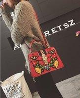Wholesale restoring ancient ways envelope for sale - Group buy Masonryseller Restore Ancient Ways To Embroider Flower Female Pack National Wind Bump Color Joker Take Cross Body Bag One Shoulder Bag