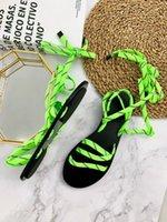 sandálias de moda cruz venda por atacado-Designer de Sandálias Fluo Verde Mulheres Low-Heel Sapatos de Plataforma de Luxo Genuíno Sapatos de Sola De Borracha De Couro Laces Moda Cruz-amarrado Sandálias