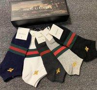 erkek çorapları toptan satış-2020 Yeni varış Nakış Çorap Antibakteriyel Deodorant Pamuk Moda Unisex Çorap baskı mens
