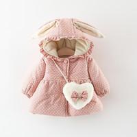 orejeras de conejo al por mayor-algodón chaquetas de invierno abrigos de chicas de dibujos animados Mantener abajo de la capa del lunar impresos Rabbit Ears calientes Botón sudaderas con capucha Prendas de vestir exteriores 2 diseños M443