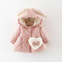 noktalı ceket toptan satış-Kızlar Kış Ceketler Pamuk Palto Karikatür Kapüşonlular Düğme Kabanlar 2 M443 Tasarımları Sıcak Aşağı Coat Polka Dot Baskılı Tavşan Ears tutulması