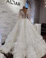 vestido de noiva de manga longa venda por atacado-Vestidos De Casamento Árabe de luxo Com Contas de Penas Lantejoulas Jóia Pescoço Uma Linha de Manga Longa Vestidos De Noiva Varredura Vestido De Novia