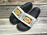 ingrosso 43 eur donna di scarpe-Buona qualità Designer Tiger Slide Beach Designer Pantofole Pursuit Sandali in raso Donna Uomo Marca Scarpe di lusso Moda casual Taglia EUR 40-45
