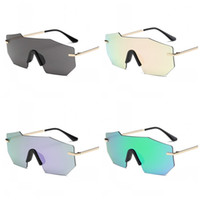 Wholesale beach color sunglasses resale online - Outdoor Beach Sunglasses Sunscreen Eyeglass Unisex Ultraviolet Proof Spectacles Metal More Color Popular HD Vision Red Green ja C1