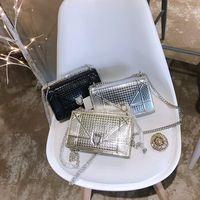 kaliteli elmaslar toptan satış-Tasarımcı Çanta Lüks çanta Yüksek Kalite Bayanlar Zincir Omuz Çantası Patent Deri Elmas Lüks Akşam Çanta Çapraz vücut Çanta