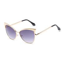 солнцезащитные очки кошачьих ушей оптовых-Новые солнцезащитные очки Cat Модные солнцезащитные очки с двойными петлями Мужская цветная пленка Кошачьи ушные солнцезащитные очки