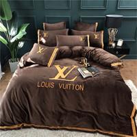 amerikanische bettwäsche großhandel-Brand Design Brief Stickerei Bettwäsche Set American Style Weiche Bettbezug Set Lebensechte Bettwäsche Mit Kissenbezug Bettdecke Heimtextilien