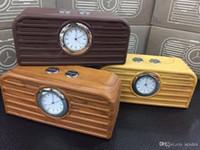 telefonhanduhr großhandel-Hölzerner Bluetooth-Lautsprecher mit Uhr, tragbarer drahtloser Subwoofer aus Holz, TF-Kartenspiel, Aux-In, Uhr, Freisprecheinrichtung Mic Phone-Subwoofer