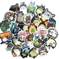 pegatinas de papelería al por mayor-64 PC / porción japonesa película Mi vecino Totoro lindo etiquetas de impresos para el coche del ordenador portátil del cuaderno de la etiqueta de equipaje Frigorífico monopatín